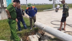 Cột điện vừa xây dựng đã đổ khiến công nhân tử vong: Chủ đầu tư lên tiêng