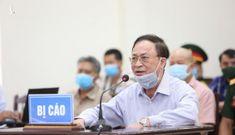 Cựu Đô đốc Nguyễn Văn Hiến được ngồi trình bày do sức khỏe yếu