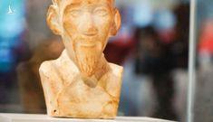 Ly kỳ chuyện bức tượng Bác Hồ trở về Việt Nam sau 70 năm lưu lạc