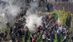Doanh nghiệp gốc Việt ở Mỹ đau đầu vì biểu tình, bạo động, cướp tài sản