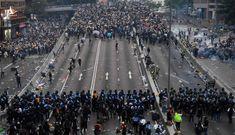 """Người Việt cần ứng xử thế nào trước việc """"Trung Quốc bóp chết Hồng Kông""""?"""