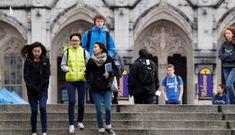 Trước nguy cơ bị trục xuất khỏi Mỹ, du học sinh Việt cần làm gì?