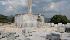 Một huyện nghèo miền núi đang khẩn trương xây tượng đài 48 tỉ