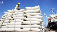 """Bộ Công Thương nói về """"bối cảnh khẩn cấp"""" liên quan xuất khẩu gạo"""