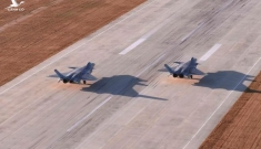 Forbes: Trung Quốc điều máy bay chiến đấu đến biên giới, chuẩn bị chiến tranh Trung-Ấn