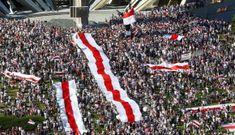 Hàng chục nghìn người biểu tình phản đối Tổng thống Belarus