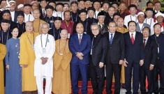 Thấy gì khi Đại sứ Mỹ đánh tiếng Việt Nam sẽ bị trừng phạt vì vi phạm tự do tôn giáo?