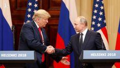 Lo ngại Trump 'đua' vaccine với Putin