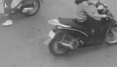 TP.HCM: Cô gái nghi ngáo đá cầm dao phân luồng ở nút giao thông