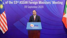 ASEAN 'tay trong tay, ngẩng cao đầu' tự tin tiến lên