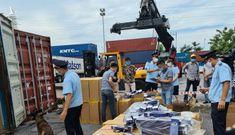 Bắt giữ 2 container chứa hơn 1 triệu bao thuốc lá 555 giả