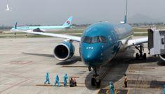 Chuyến bay quốc tế thường lệ đầu tiên chở khách từ Hàn Quốc về Việt Nam