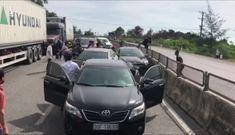 Cảnh sát nổ súng, bắt nhóm buôn ma túy