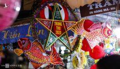 Trung tâm Hà Nội đông kín người đi chơi Tết Trung thu