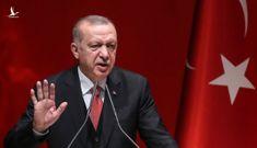 """Hy Lạp và Thổ Nhĩ Kỳ thị uy sức mạnh, Địa Trung Hải chưa """"yên tiếng sóng"""""""