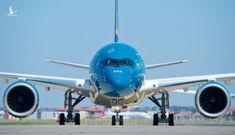 Chuyến bay quốc tế về Việt Nam đầu tiên sau COVID-19, đón khách từ Hàn Quốc sang