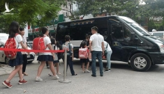 Bé lớp 3 bị bỏ quên trên xe ở Hà Nội: Kỷ luật 2 nhân viên và thay phụ trách xe