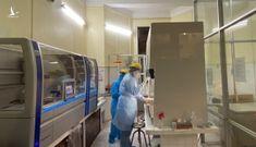 Hàng loạt doanh nghiệp bắt tay thổi giá máy xét nghiệm tại CDC Hà Nội