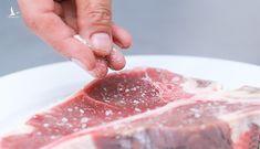 Người Việt ăn muối nhiều gấp đôi khuyến cáo của Tổ chức Y tế Thế giới