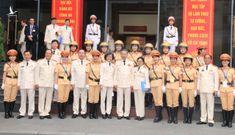Ấn tượng nữ CSGT dẫn đoàn phục vụ ĐHĐB Công an Trung ương