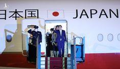 Thủ tướng Nhật Bản đến Hà Nội, bắt đầu thăm chính thức Việt Nam