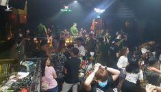 Cảnh sát đột kích quán bar ở Cần Thơ, nhiều thanh niên dương tính ma tuý