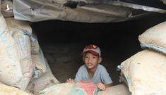 Người miền Trung đào hầm trú ẩn trước bão số 9