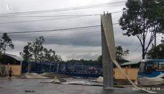 Lốc xoáy kinh hoàng làm sập nhà xưởng Khu Công nghiệp Tân Hương, Tiền Giang