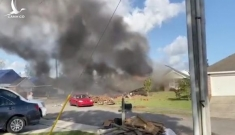 Máy bay Hải quân Mỹ rơi trúng nhà dân, cả phi hành đoàn thiệt mạng
