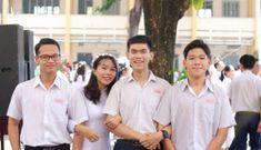 Đề nghị khuyến khích nam sinh mặc áo dài đến trường?