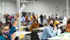 Phát hiện số lượng lớn phiếu bầu quên đếm cho Tổng thống Trump ở bang chiến địa Georgia