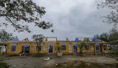 Hàng loạt trường học ở Huế tan hoang sau bão số 13