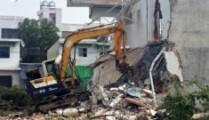 Cưỡng chế 37 căn nhà xây trái phép ở TP HCM