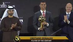 Ronaldo nhận giải 'Cầu thủ hay nhất thế kỷ'