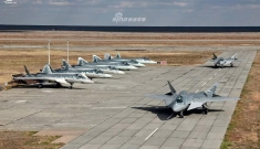 Toàn bộ dàn tiêm kích Su-57 của Nga gói gọn trong… một bức hình