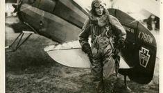 Nữ phi công đầu tiên bay một mình từ Hawaii đến lục địa Hoa Kỳ