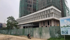 Vụ 11 người thương vong ở công trình xây dựng Sở Tài chính Nghệ An: Vận thăng do Trung Quốc sản xuất