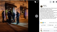 """Tác giả ảnh """"Em bé Napalm"""" bị tấn công sau khi nhận huân chương từ TT Trump"""
