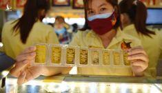 Vàng trong nước cao hơn thế giới 5,3 triệu mỗi lượng