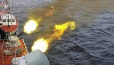 Báo Trung Quốc: Mỹ phải ngoan ngoãn rút lui khi bị tàu chiến Nga chặn đường – Đừng đùa với Gấu!