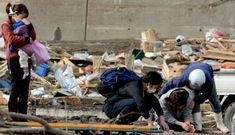 Vì sao người Nhật ngày càng sa sút và nghèo đi?