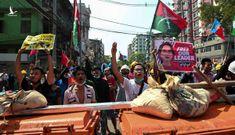 Myanmar mạnh tay trấn áp, nhiều người biểu tình bị bắn chết