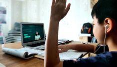 Không internet, không máy tính, làm sao học trực tuyến?