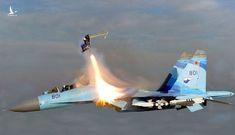 Huyền thoại về những phi công Không quân Việt Nam từ chối… nhảy dù