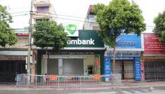 Thêm 2 người nghi nhiễm COVID-19, 1 là F1 của nữ nhân viên ngân hàng