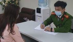 """Nữ giám đốc ở Hà Nội bị công an mời lên làm việc vì """"chơi trội"""" tặng pháo cho bạn chơi Tết"""