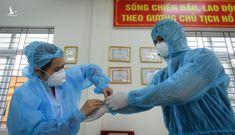 Nóng: Thêm 2 người ở Hà Nội nghi mắc Covid-19