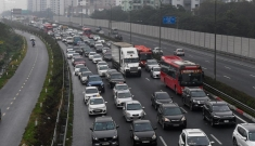 Cao tốc Pháp Vân – Cầu Giẽ ùn tắc chiều mùng 5 Tết