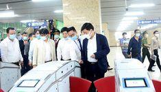 Phó Chủ tịch Hà Nội mua vé, đi thử tàu Cát Linh – Hà Đông