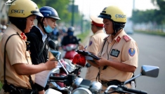 Cục CSGT: 'Sẽ giảm tối đa CSGT đứng trên đường, giảm đối mặt với người vi phạm'